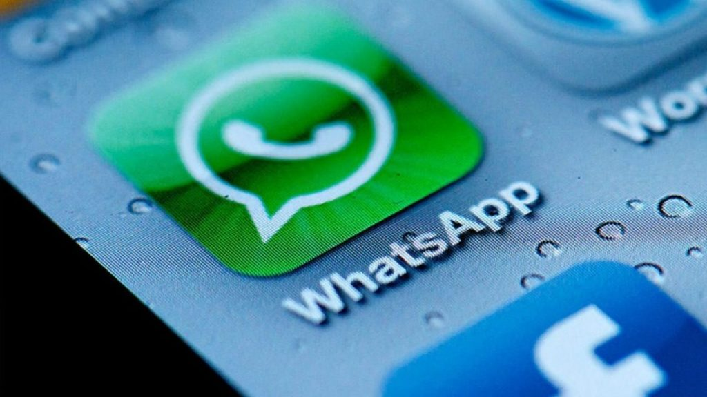 The Disadvantages of Using WhatsApp for Business