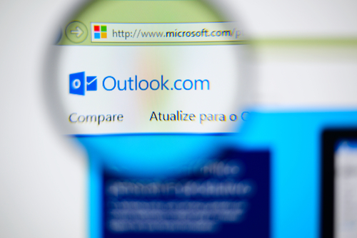 Outlook gets new features for the business users